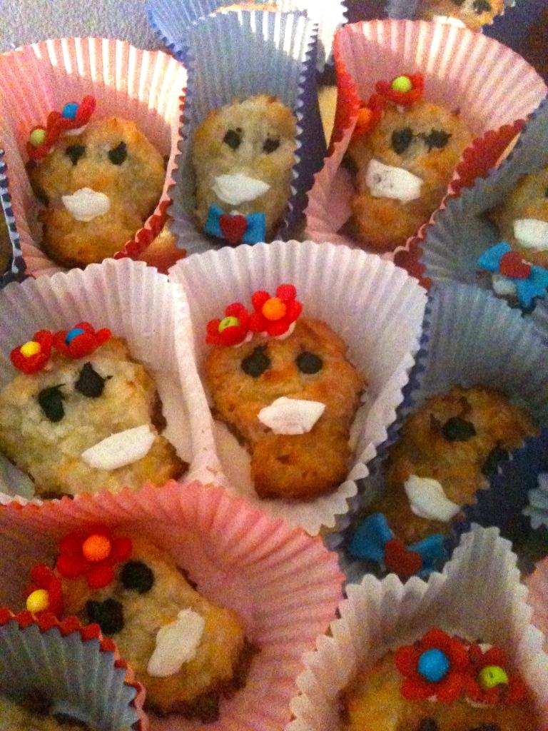 Calavera Cookies-www.alvaradofrazier.com