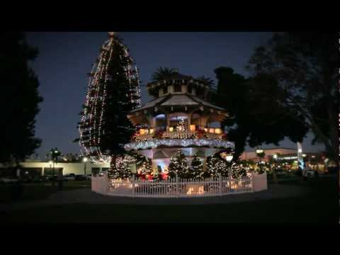 Oxnard Pagoda dressed for Christmas