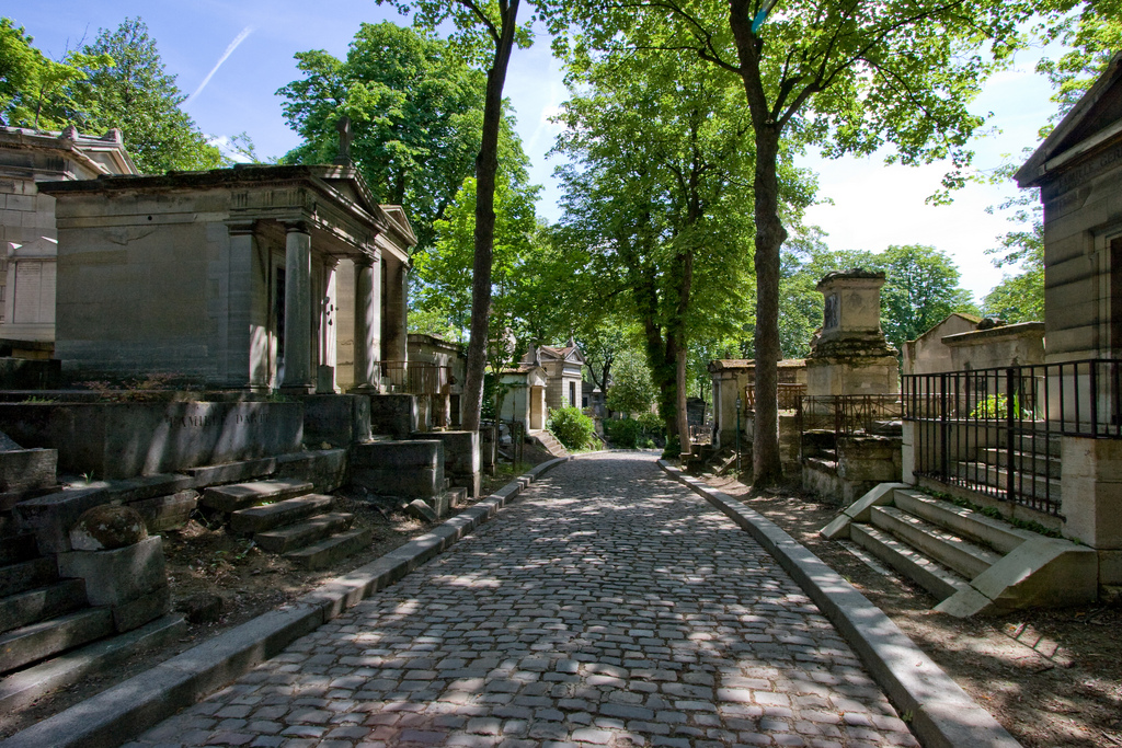 flickr photo of Pere Lachaise Cemetery