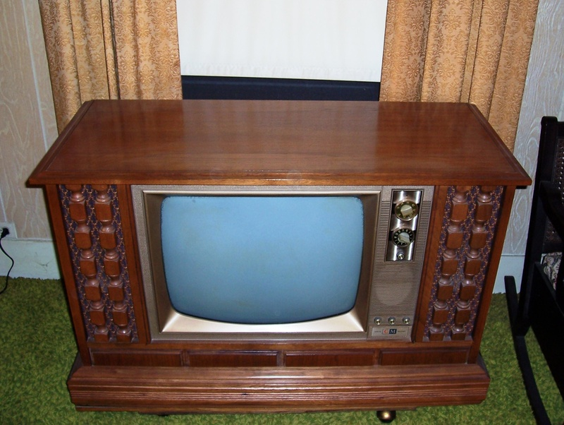 Similar to our TV. Image www.curtis-mathes.com
