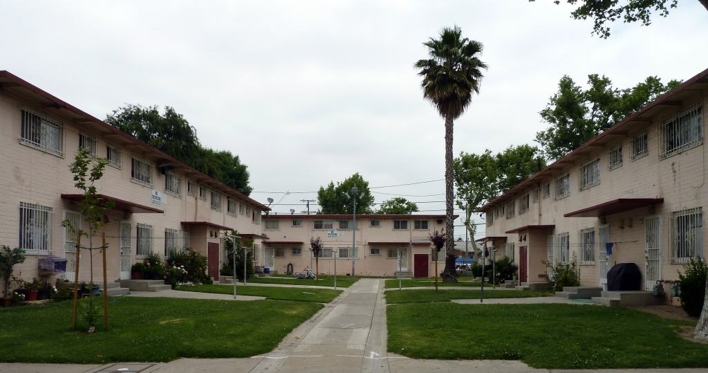 Federal housing projects, low income