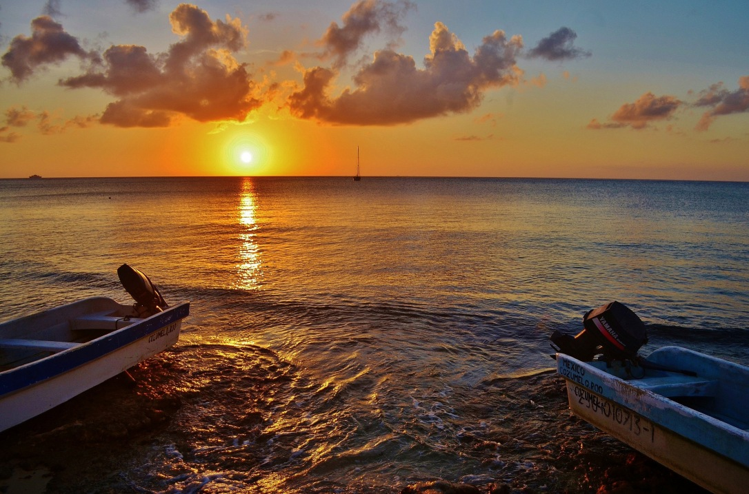 Cozumel sunset, photo by Cristopher Gonzalez